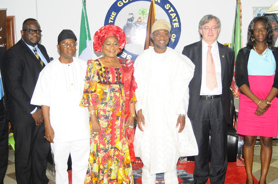 Governor State of Osun, Ogbeni Rauf Aregbesola (3rd right); his Deputy, Mrs Titi Laoye-Tomori (3rd left); British Deputy High Commissioner, Peter Carter; Chief of Staff to the Governor, Mr Gboyega Oyetola (2nd left); Deputy Director, Trade and investment, Beverley Okoye (right) and Principal Consultant, Reach Consult, Eddie Abraham (left), during a reception for the Deputy High Commissioner on his visit to the State, at Government House, Osogbo, State of Osun on Wednesday 11-12-2013