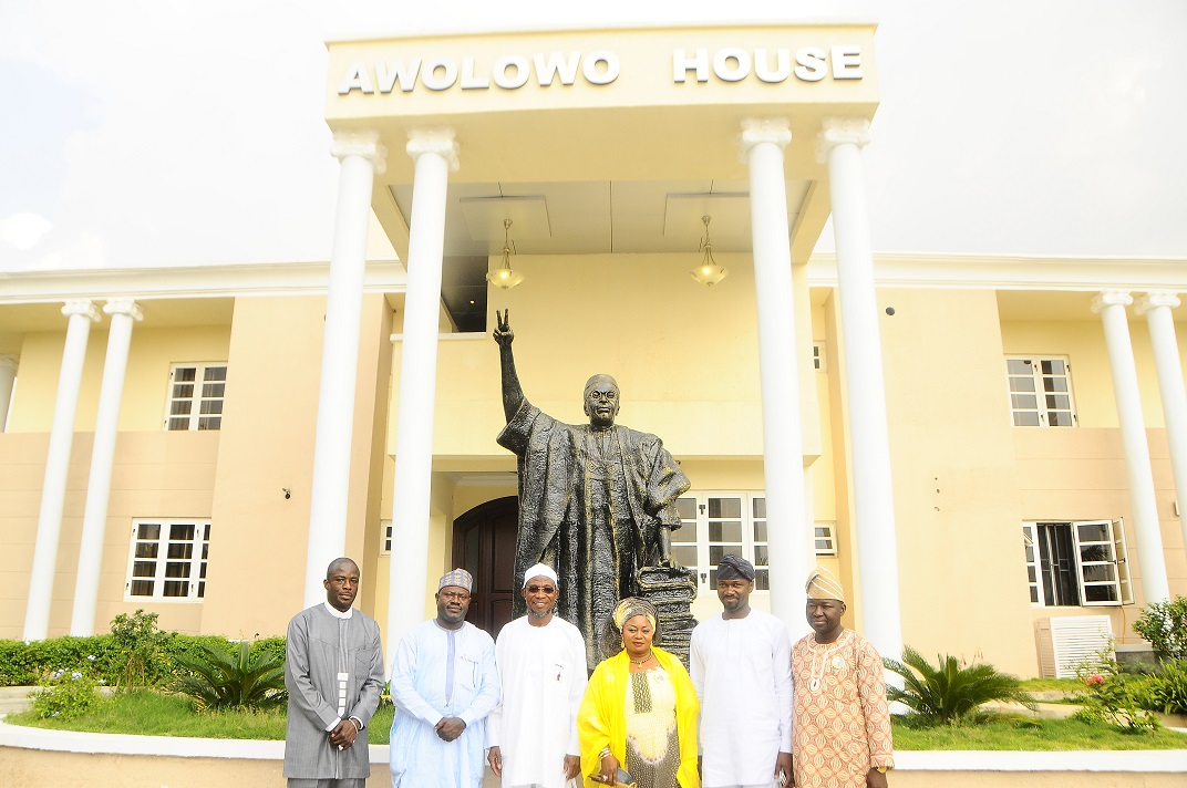 UNVEILING AWOLOWO STATUE