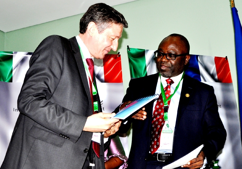 From left, Chief Executive Officer of Vergnet Group, France, Mr. Jerome Douat; Minister of Trade, Mr. Olusegun Aganga and Director General, Economic Development and Partnership, State of Osun, Dr, Charles Akinola, at the signing of memorandum of Understanding (MoU) on power generation with the Vergnet Group of France in Abuja, at the weekend