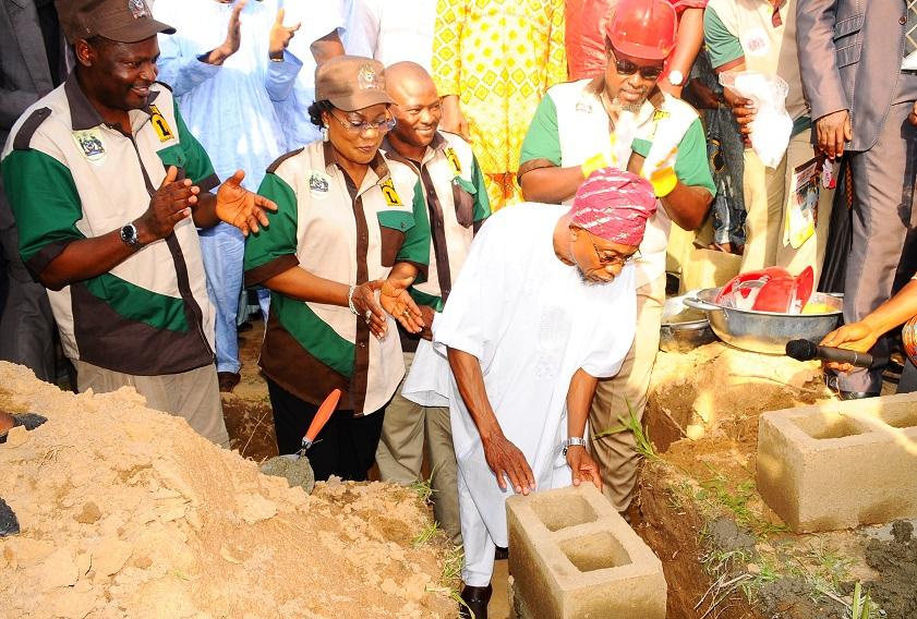 Governor State of Osun, Ogbeni Rauf Aregbesola (right) laying foundation for the Construction of Ultra Modern Central Abattoir in Iwo, State of Osun, during the weekend. With him are, his Deputy, Mrs Titi Laoye Tomori (2nd left); Commissioner for Agriculture and Food Security, Mr Wale Adedoyin (left); Managing Director, Hanfriqul Nigeria Limited, Alhaji Kolawole Aresa (3rd left) and Sub-Consultant, Hanfriqul Nigeria Limited, Mr Dapo Ademosu.