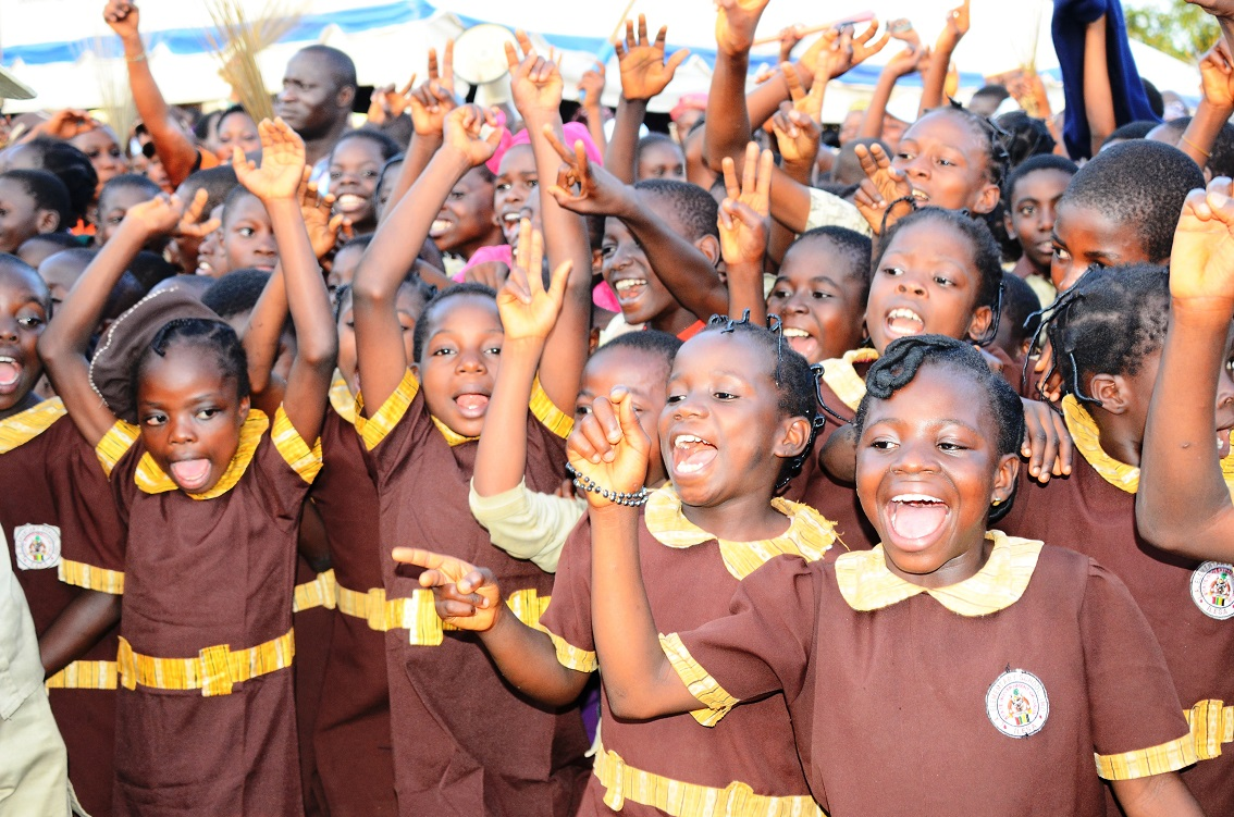 Enthusiastic Pupils of Local Authority (L.A) Elementary School, Imo, Ilesa welcoming Governor Rauf Aregbesola to the commissioning of their school on Friday 18-07-2014