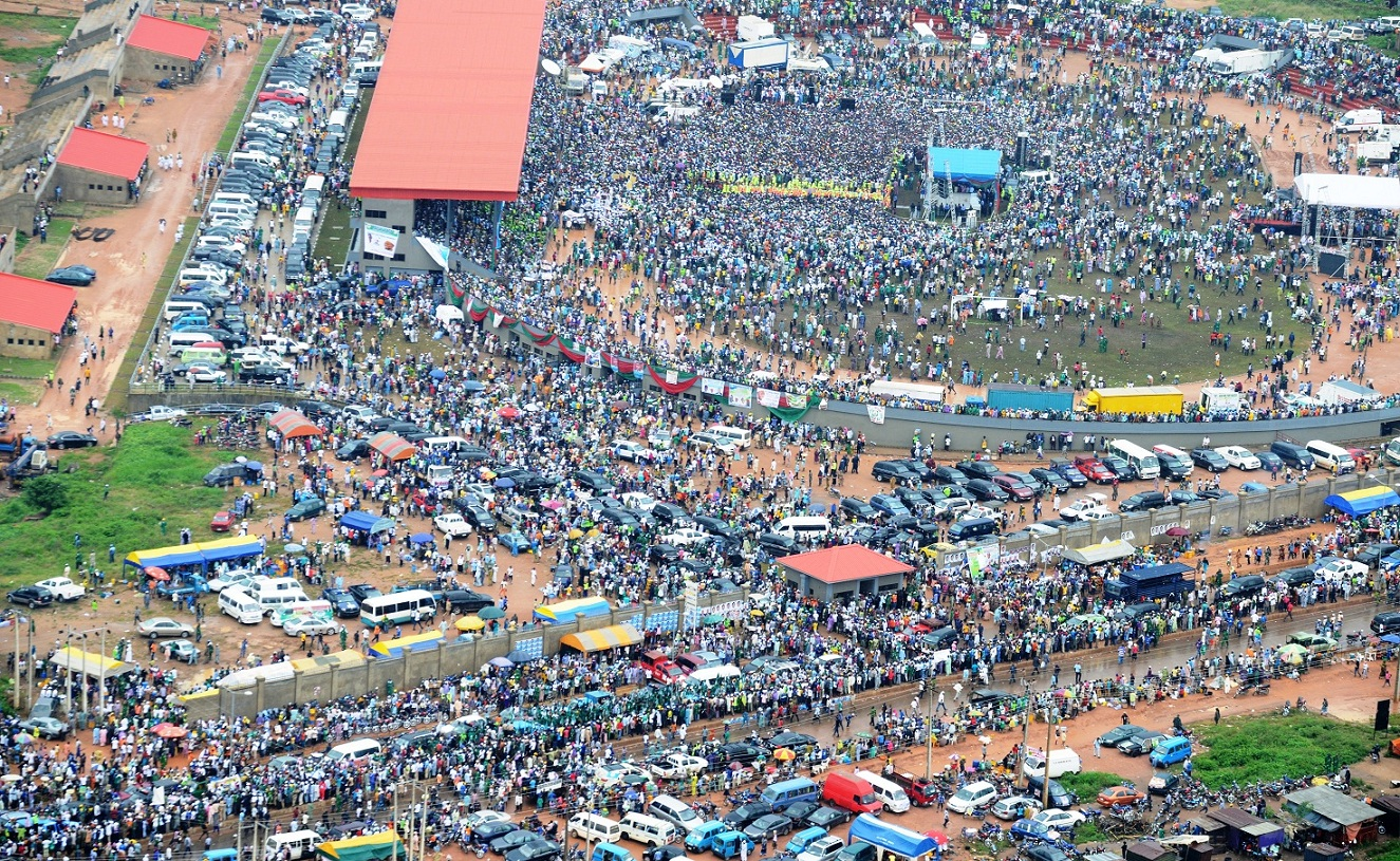 Crowd in and outside of the Osogbo City Stadium, during the Mega Rally on Re-election of Governor State of Osun, Ogbeni Rauf Aregbesola on Tuesday 05-08-2014