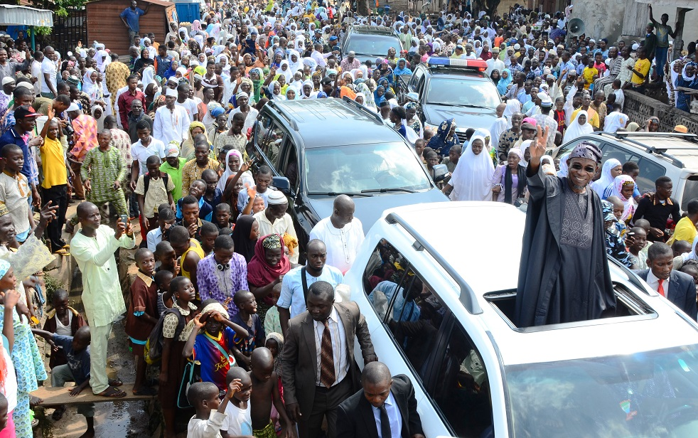 Governor State of Osun, Ogbeni Rauf Aregbesola acknowledging cheers from his loyalists shortly after a Special Prayer for peace in the State and Nigeria in general, at Hasibunalahi Central Mosque, Osogbo at the weekend