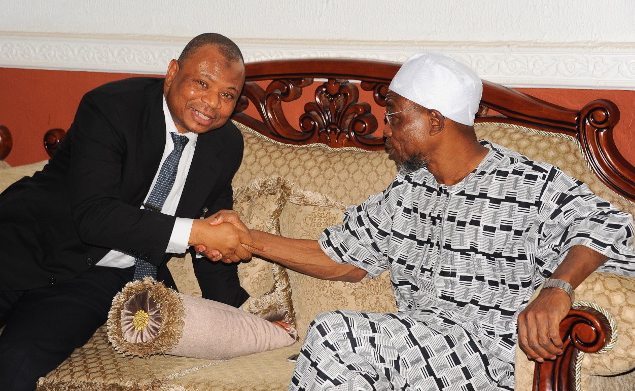 Governor State of Osun, Ogbeni Rauf Aregbesola (right) and Chairman Board of Trustees Fountain University, Alhaji Abdulwaheed Adeola, during a Courtesy visit to Mr Governor by Board of Trustees and Governing Council of Fountain University,  Osogbo at the Government House on Monday 11-1-2016
