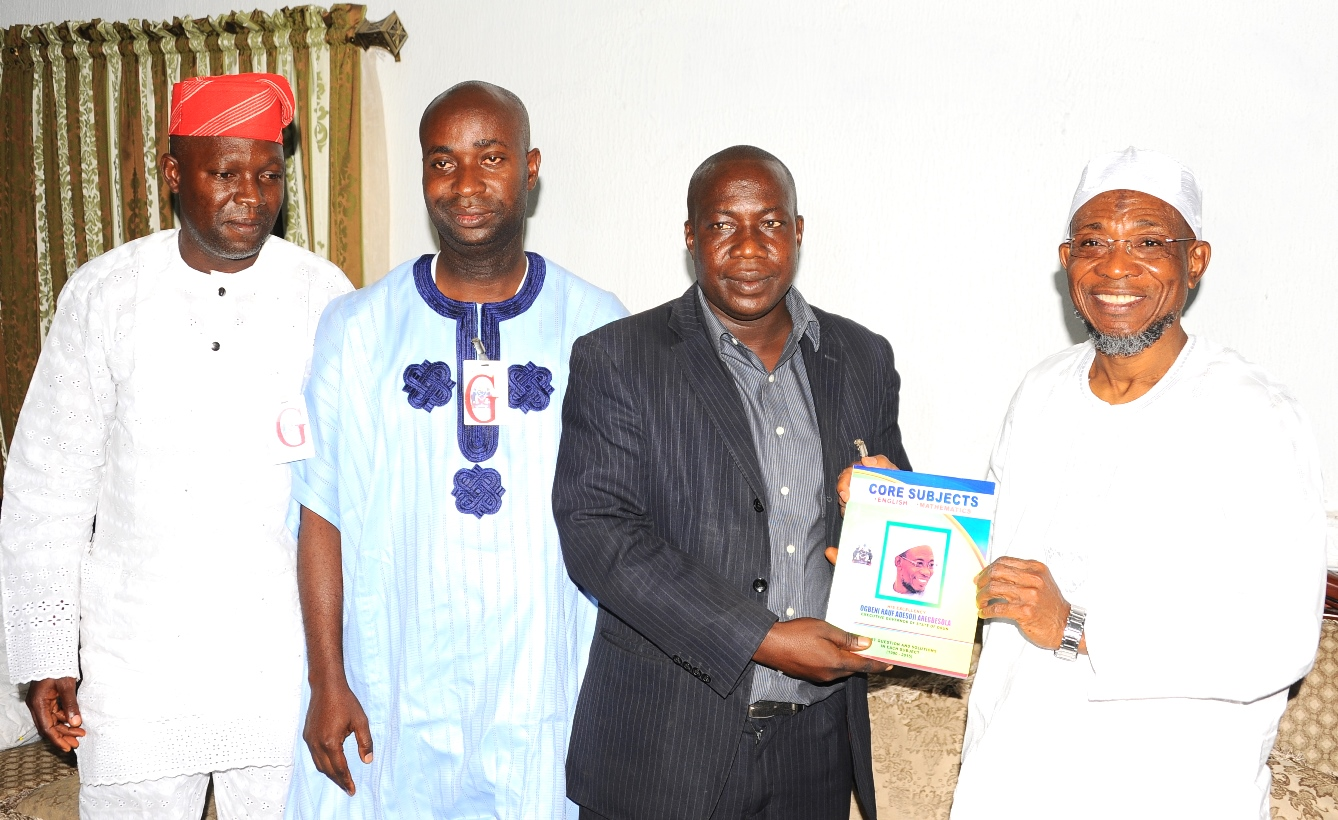 Governor State of Osun, Ogbeni Rauf Aregbesola (right); National Youth Leader, Coalition of APC Supporters Group Abuja, Comrade Mojeed Yaya ( 2nd right); Deputy National Chairman South Coalition of the Group, Barrister Kunle Ehinlanwo (2nd left); State Co-Ordinator, Hon Shekete Adamson (left), during the Presentation of Educational Materials to Mr. Governor in Appreciation and Support of Government Educational Policy by Coalition of APC Supporters Group Abuja at The Government house Osogbo. On Thursday 31-12-2015.