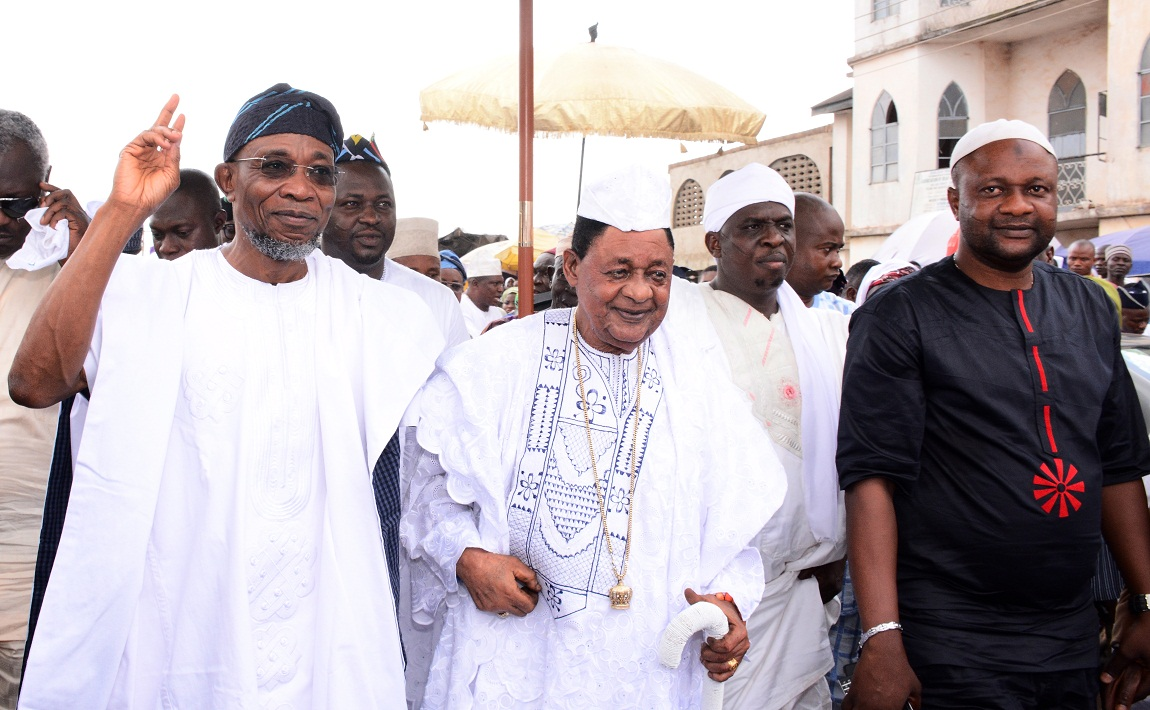 aregbesola-celebrates-with-alaafin-78th-2-1