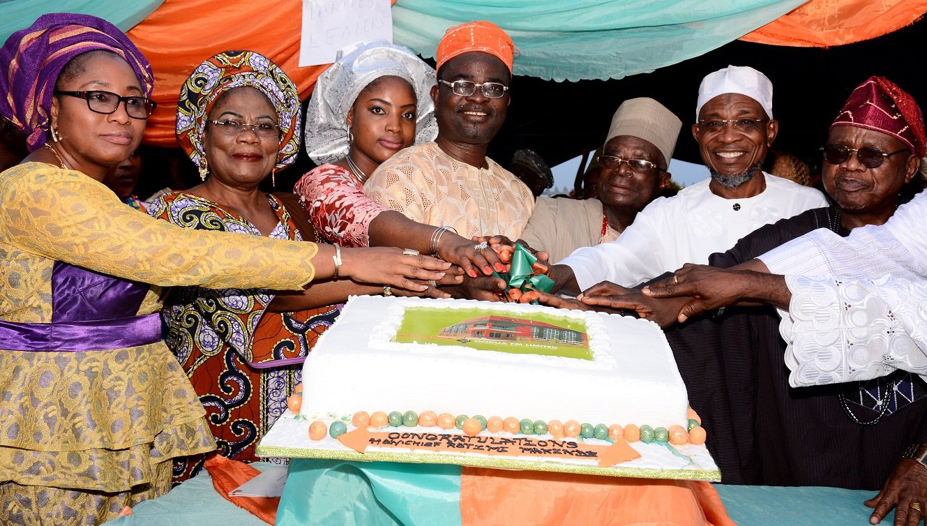 official-commissioning-of-oodua-90-9-fm-2