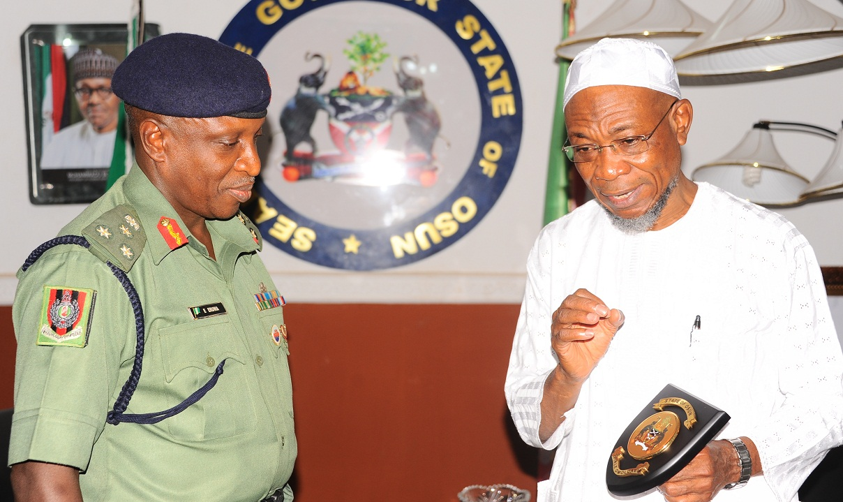 Governor, State of Osun, Ogbeni Rauf Aregbesola (right) and the newly posted Commander, Engineering Construction Command (ECC), Ede, Brig. Gen. Emico Eruwa, during the familiarization visit to the Governor by the new Commander, at the Government House, Osogbo